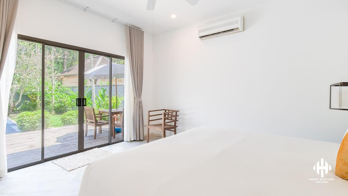 Asian Style Private Pool Villa in Layan