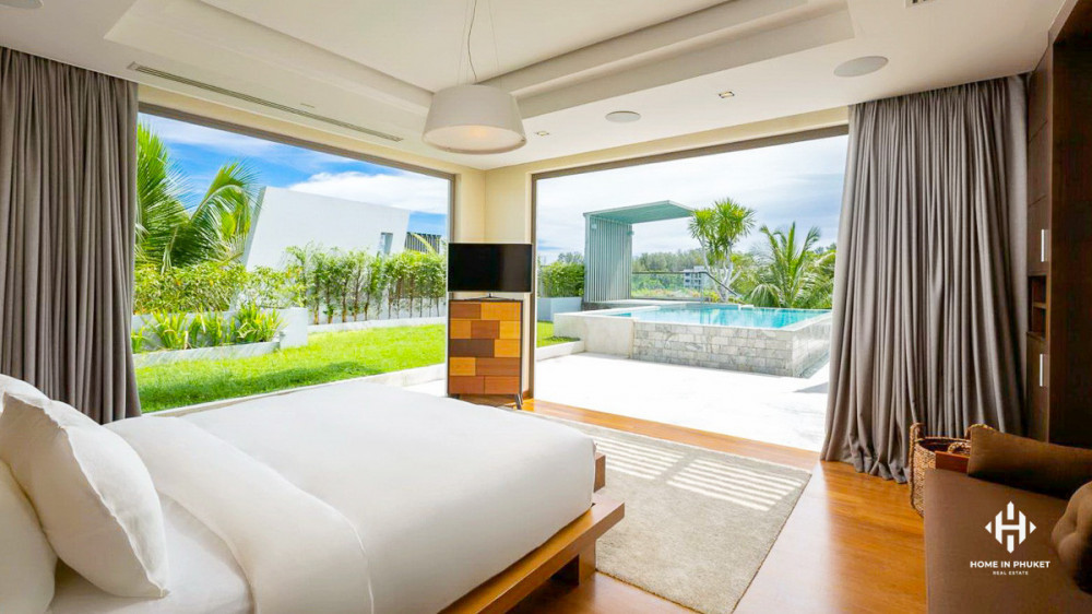 Spacious 2-Bedroom Condo with Plunge Pool
