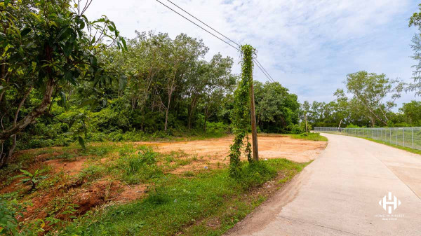 4 Rai Land plot in Near Layan Lake