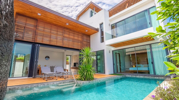 Gorgeous Pool Villa in Nai Harn