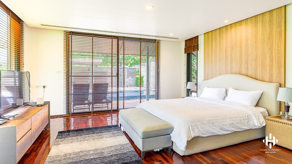 Grand Villa 4 Beds in Phuket Town