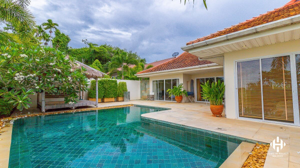 Spacious 3-Bed Pool Villa in Cape Yamu