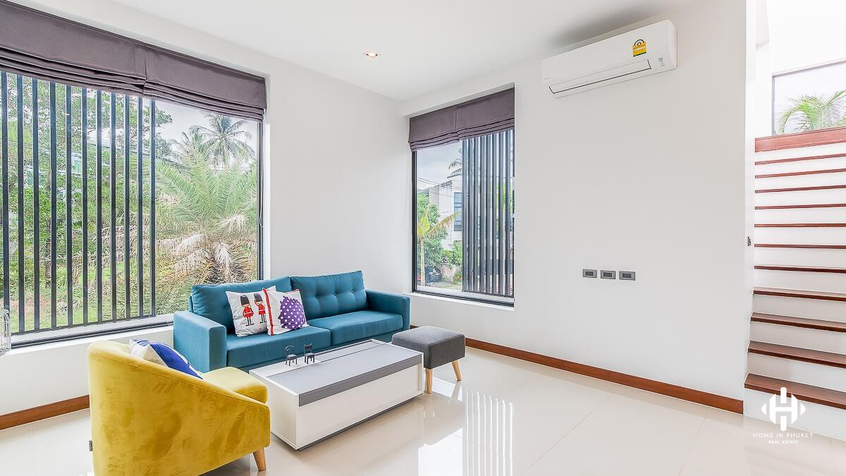 Fully Furnished 5 Beds House in Kathu