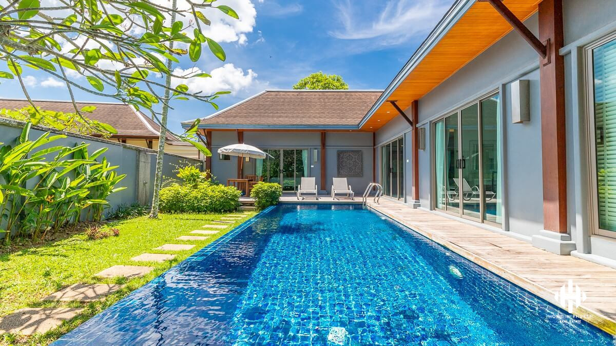 Balinese Private Pool Villa in Layan