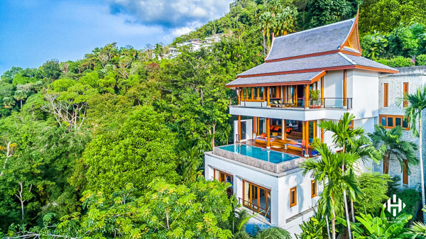 Luxury Thai-style Sea View Pool Villa