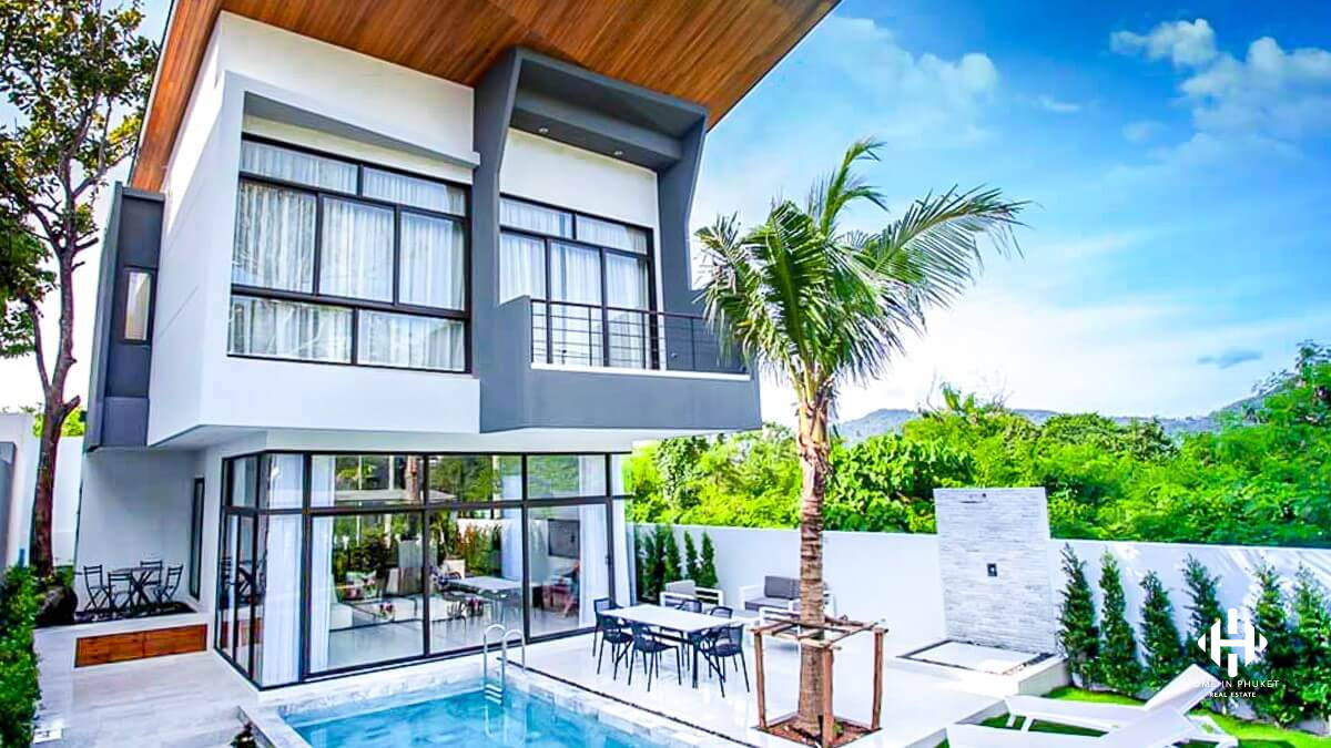 3 Beds Contemporary Villas near Chalong pier