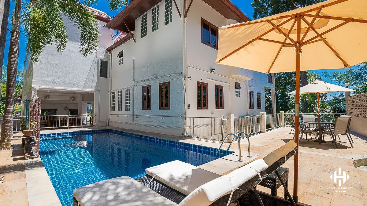Spacious 6-Bed Family Villa near Kathu Waterfall