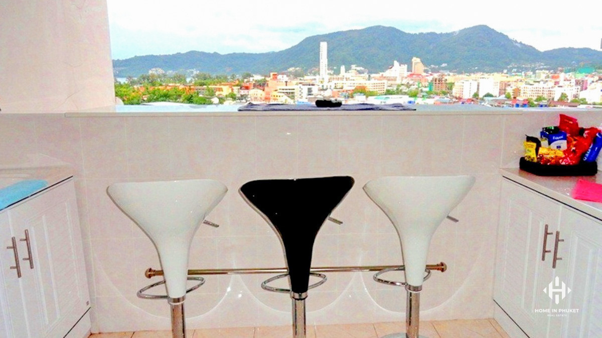 Spacious Studio in Patong with Distant Sea View