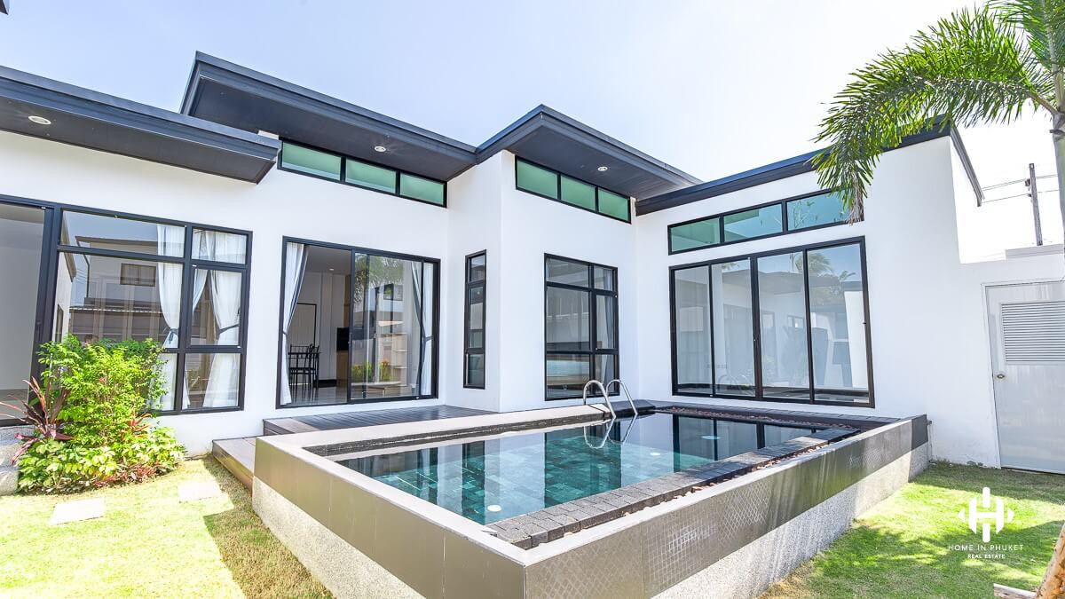 Contemporary 2-Bed Villa in Cherngtalay
