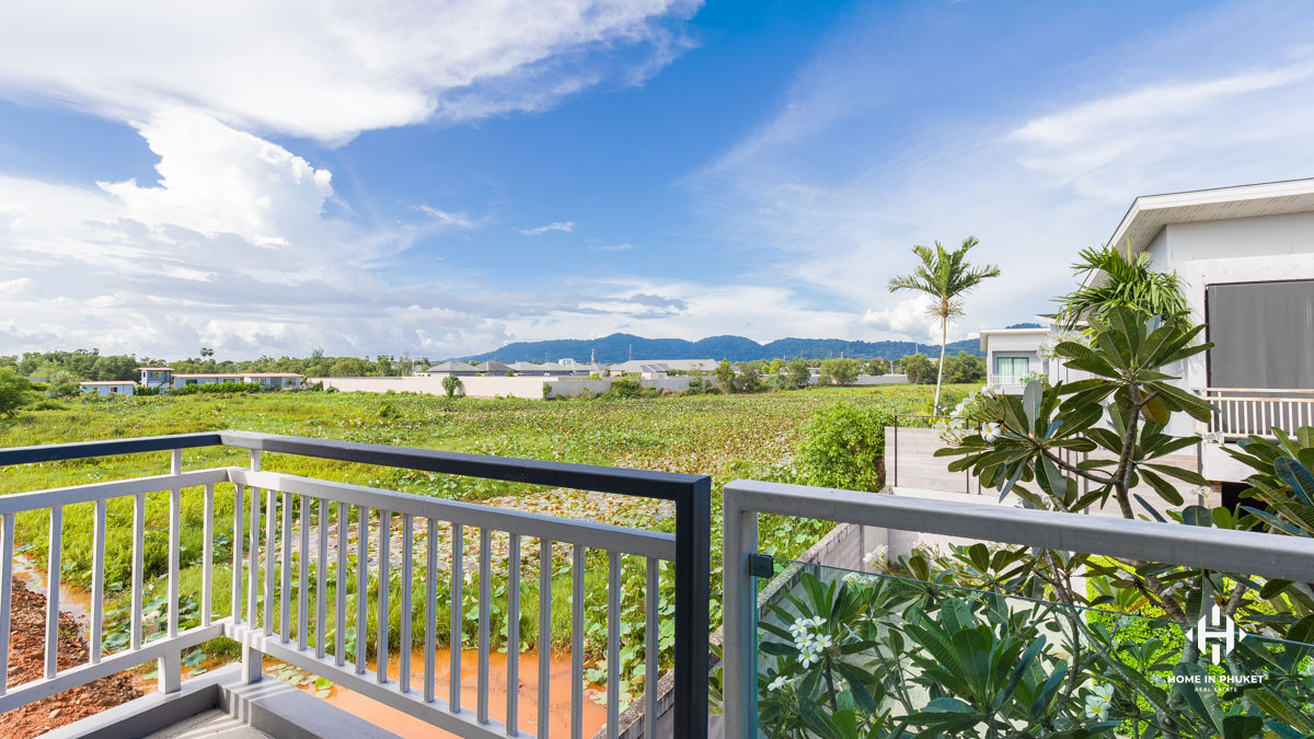 Affordable 2-Bed Townhomes near Layan