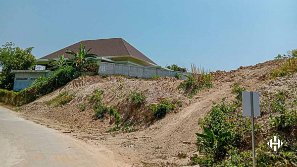 2 Plots land in Chalong