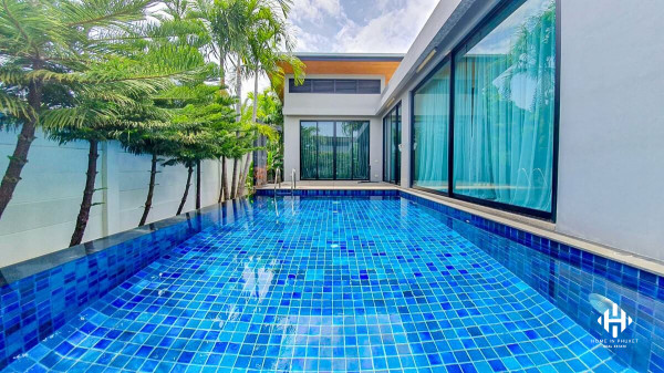 Thai Modern Pool Villa at Naiharn