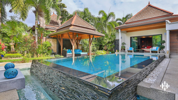 Iconic Thai Balinese Villa in Surin