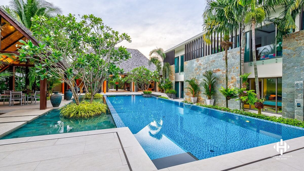 Superb 7-Bedroom Pool Villa in Layan