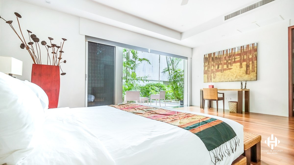 Outstanding Sunset Layan Sea View Pool Villa