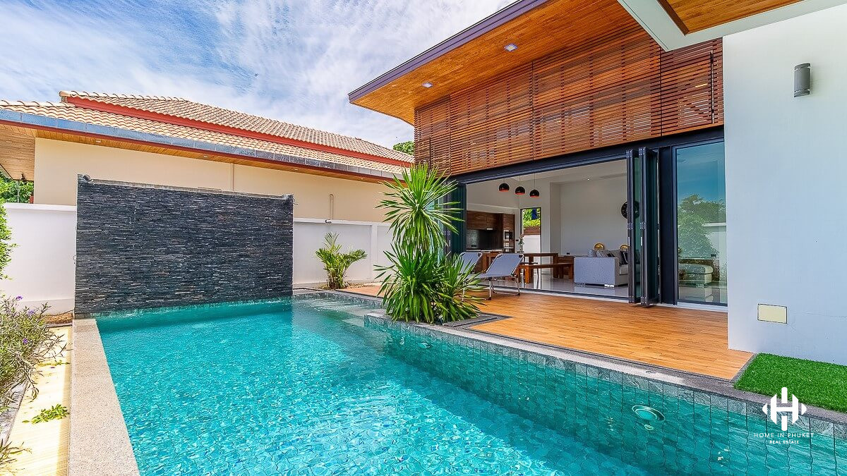 Gorgeous 3-Bed Pool Villa in Nai Harn