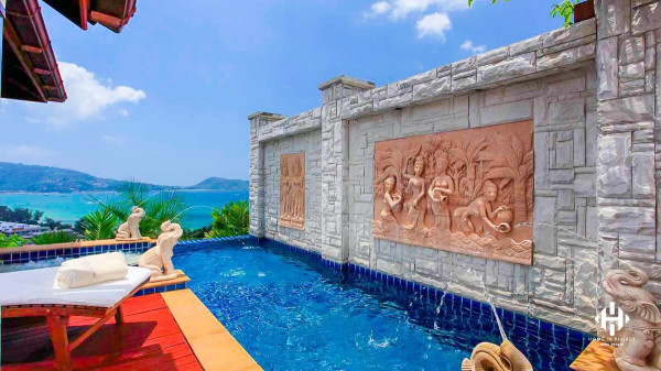 Spacious Sea View Villa near Patong