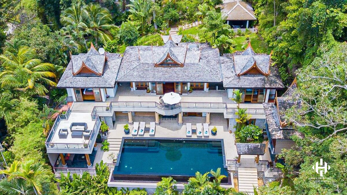 Authentic 5-Bed Thai Traditional Sea View Villa