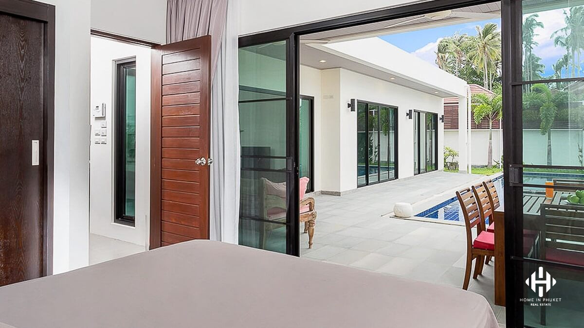 Modern 3 Bed Villa with Large Pool in Rawai