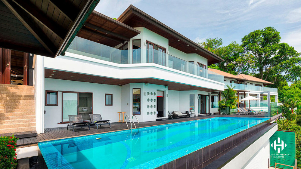 Oceanfront Mansion in Ao Makham