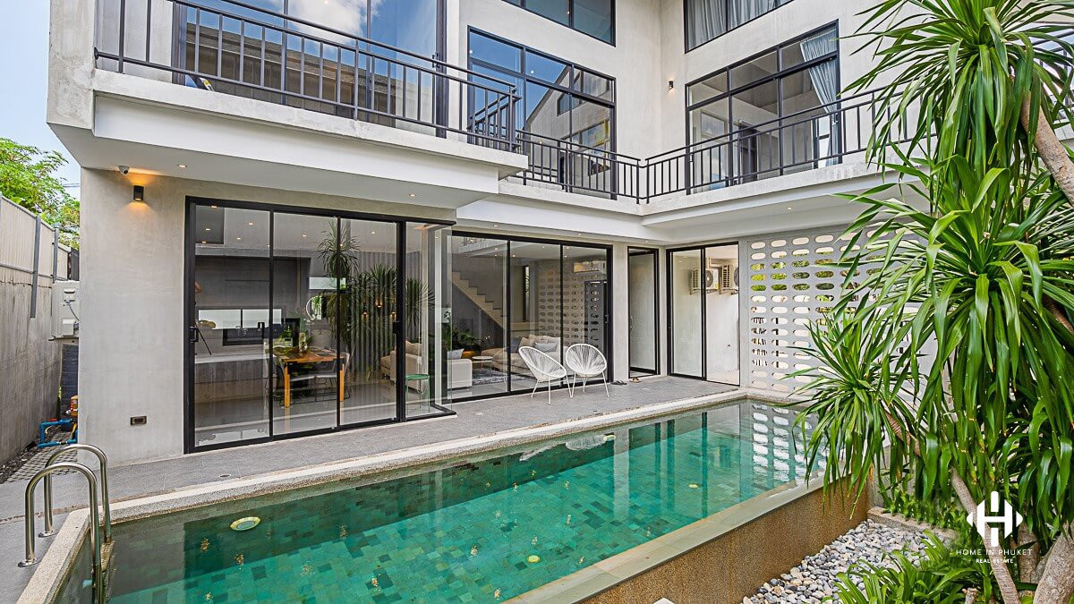 Spacious 3 Bedrooms Pool Villa in Cherngtalay
