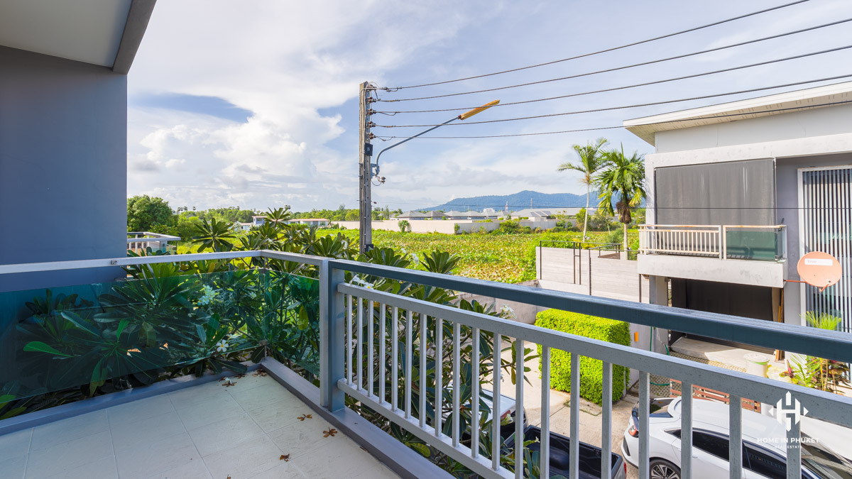 Affordable 3-Bed Townhome near Layan