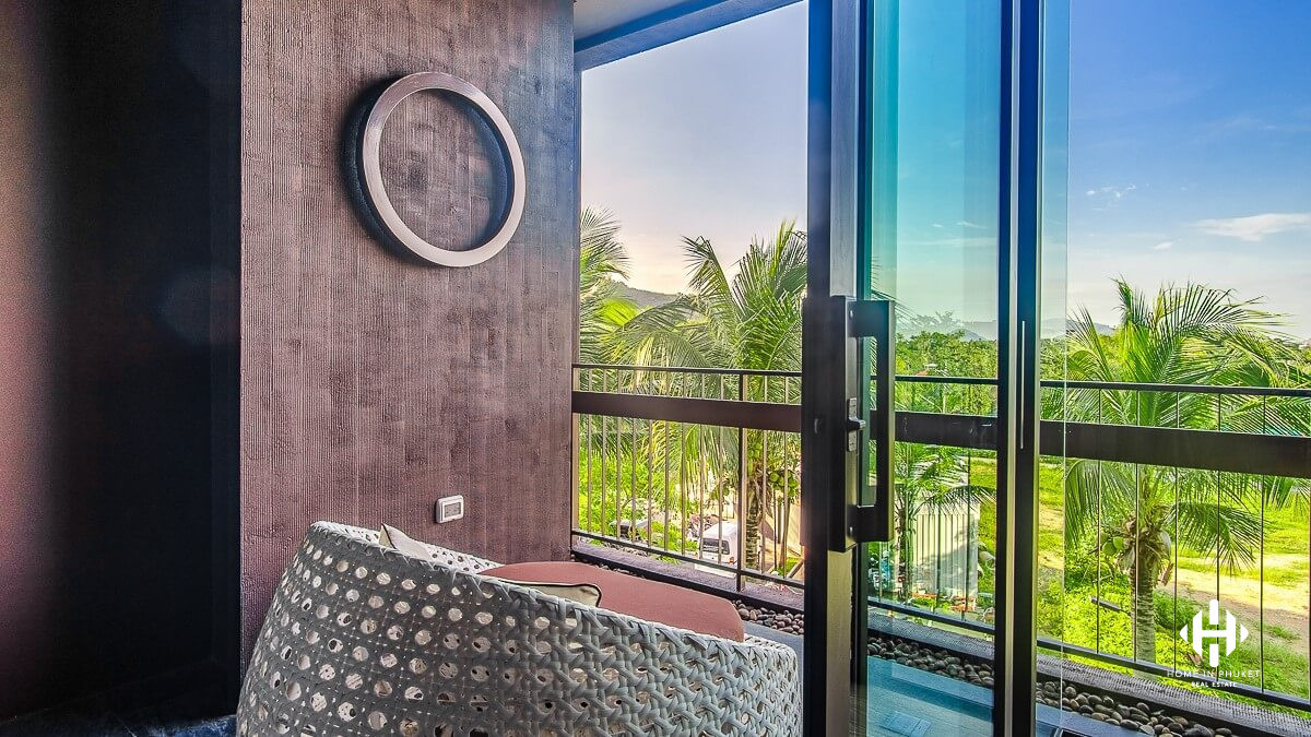 Contemporary 2-Bed Freehold Condo in Rawai