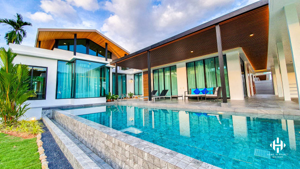 Thai modern 3 to 4 bedrooms pool villa in Nai Harn Beach