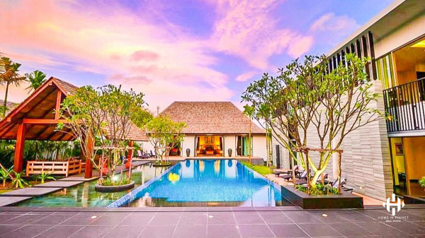 Spacious Courtyard Villa near Layan Beach