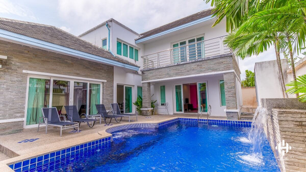 Modern-Thai Villa with Pool near Rawai